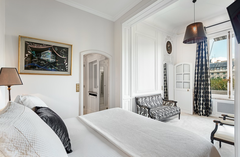 -PALAIS-ROYAL-STUNNING-APARTMENT-PARIS00017