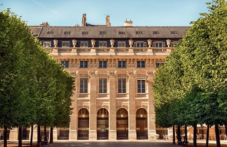 -PALAIS-ROYAL-STUNNING-APARTMENT-PARIS00034