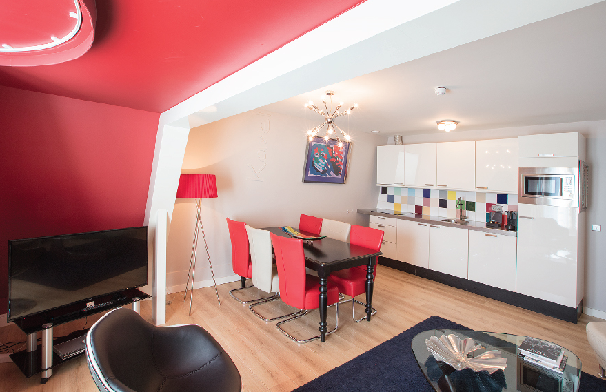 PENTHOUSE-RESIDENCE-ON-KEIZERSGRACHT-CANAL00001