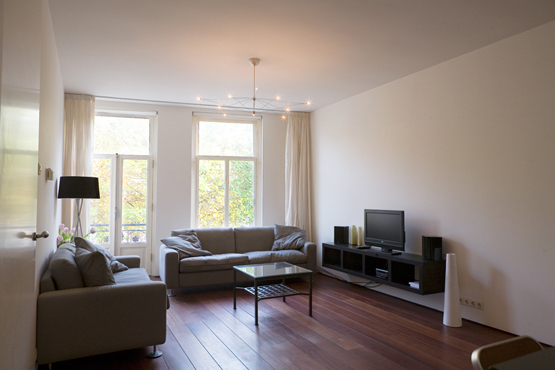 MODERN APARTMENT NEAR CITY CENTRE - Luxe Apartments Rentals