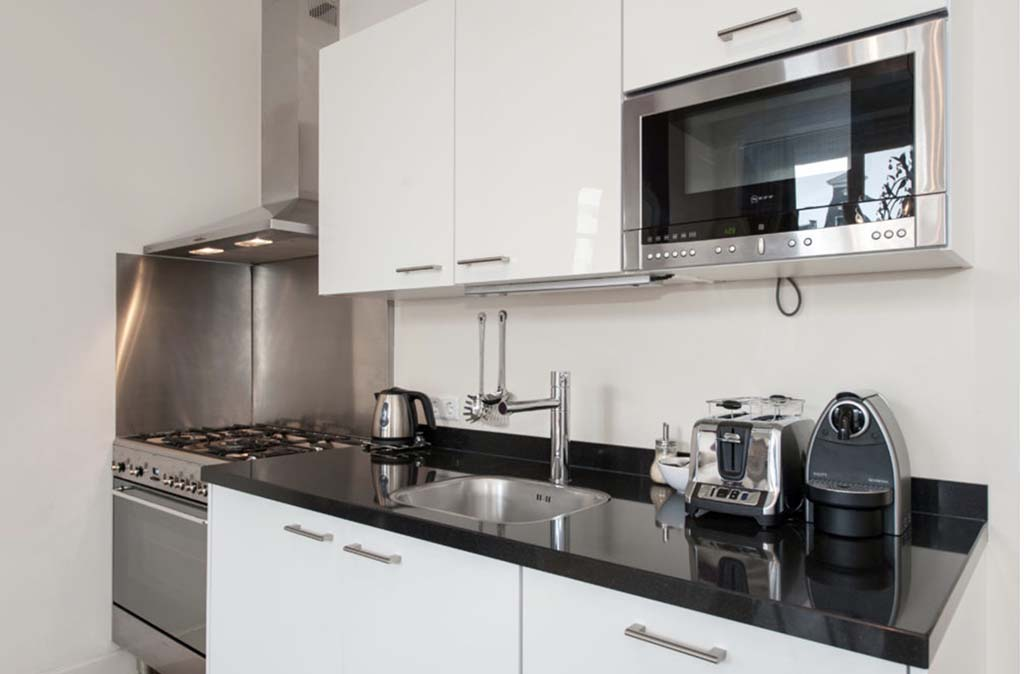 00005EXCEPTIONAL-KEIZERSGRACHT-APARTMENT-AMSTERDAM