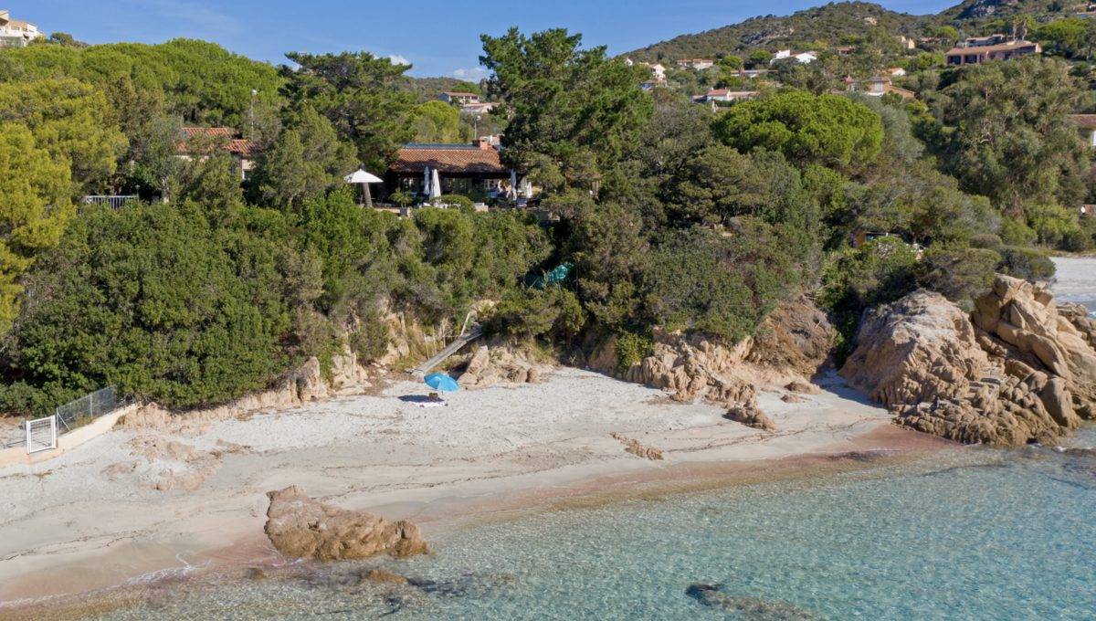 00002-WATERFRONT-VILLA-FOR-RENT