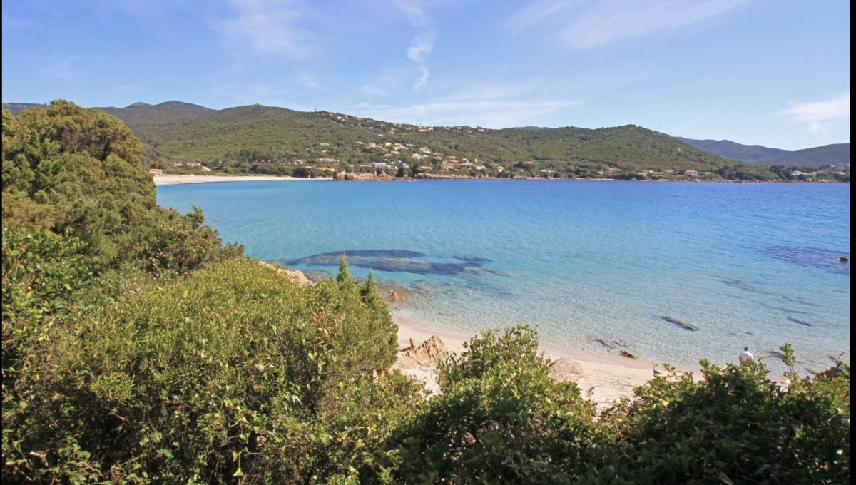 00009-WATERFRONT-VILLA-FOR-RENT