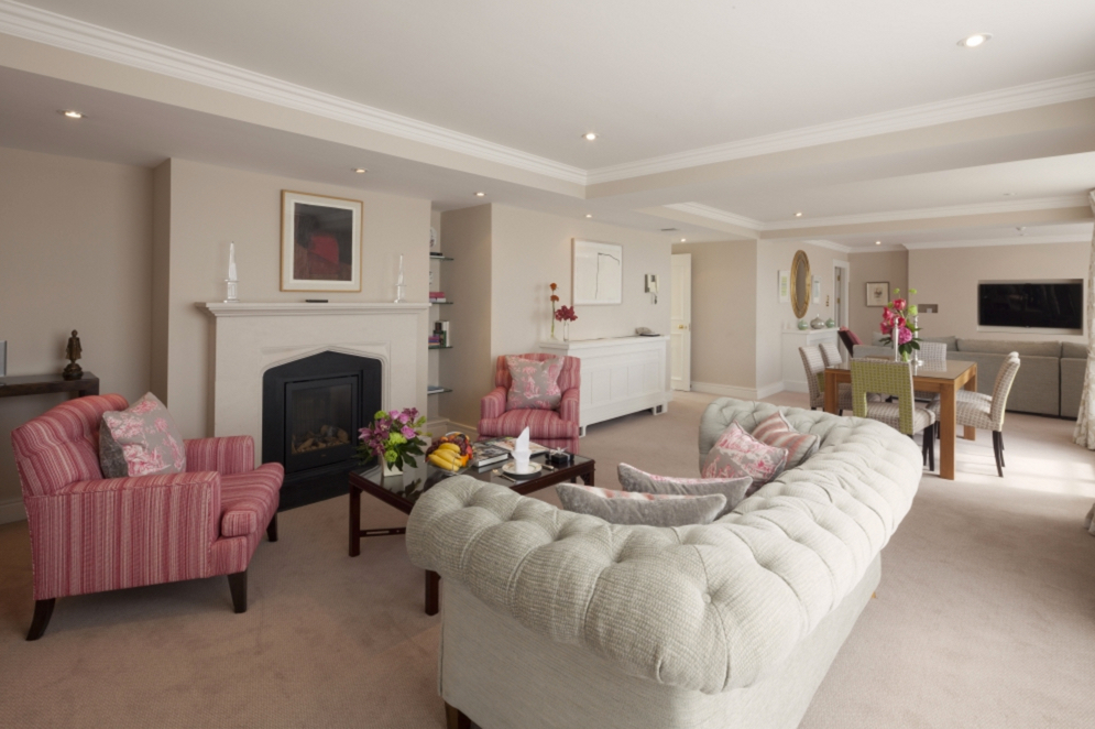 LUXURY-PENTHOUSE-5-STAR-WITH-TERRACE-AND-HOT-TUB-DUBLIN00001