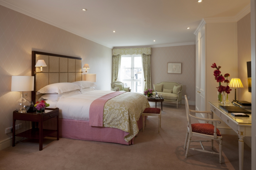 LUXURY-PENTHOUSE-5-STAR-WITH-TERRACE-AND-HOT-TUB-DUBLIN00005