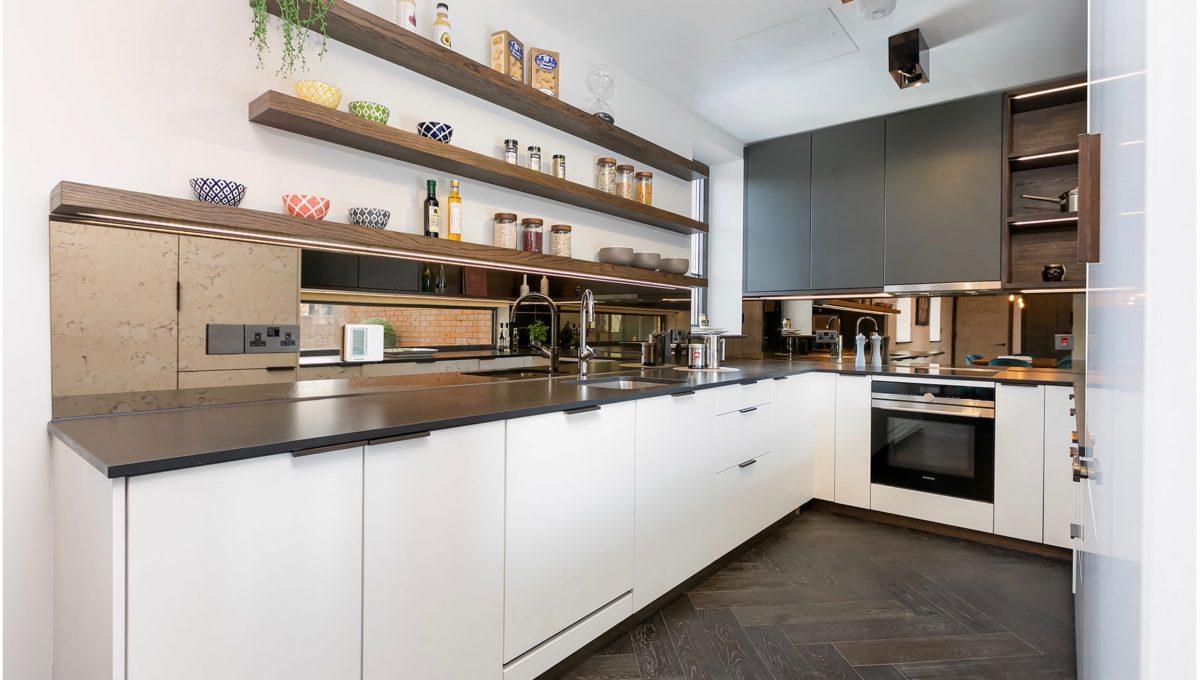 00005-luxury-terraced-penthouse-soho-london