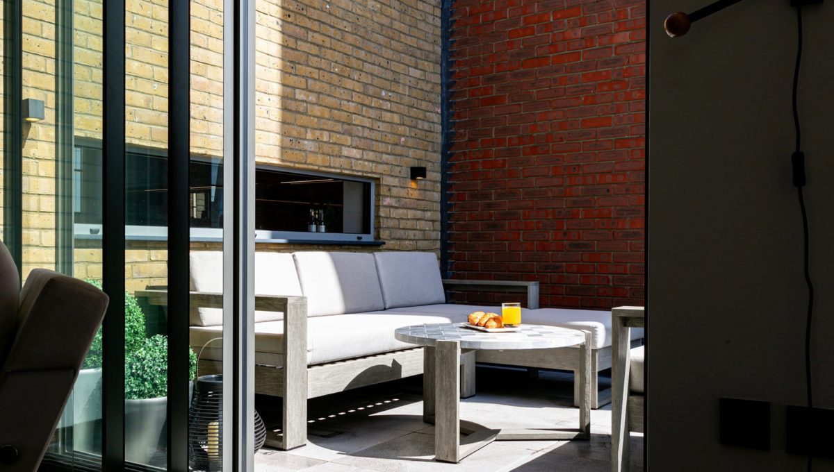 00007-luxury-terraced-penthouse-soho-london