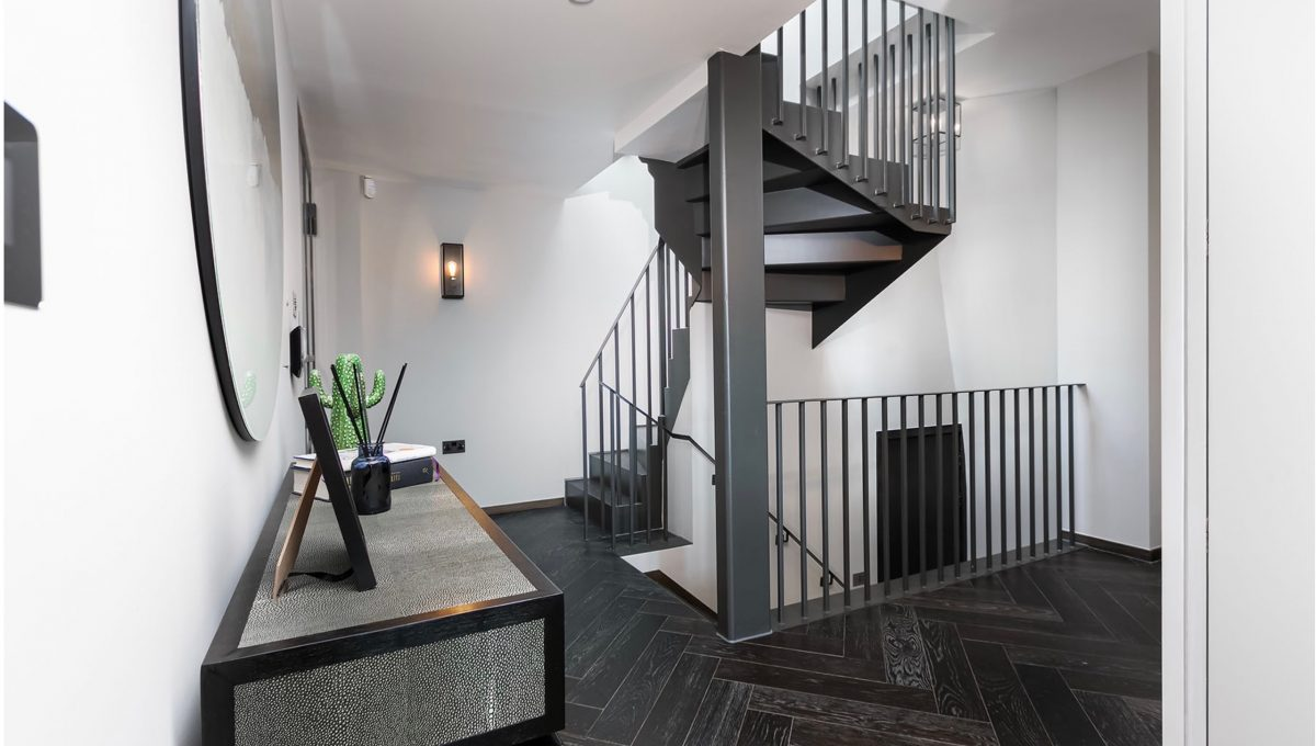 00009-luxury-terraced-penthouse-soho-london