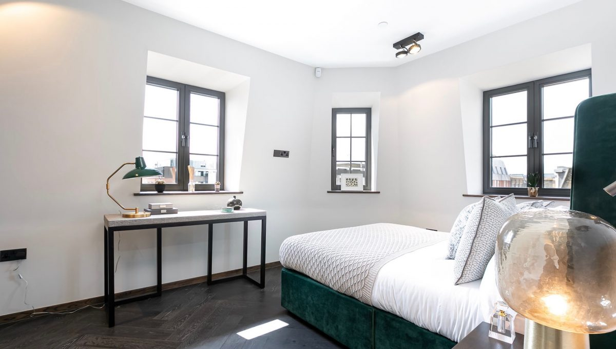 00014-luxury-terraced-penthouse-soho-london