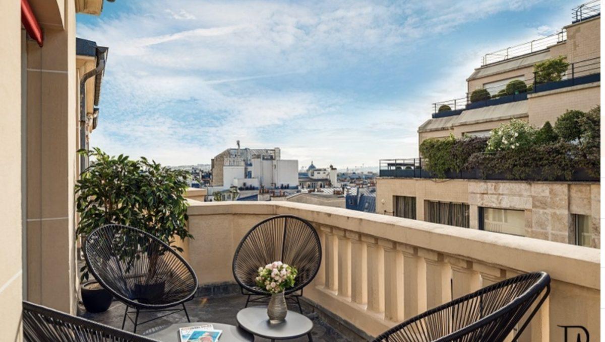 00017-champs-elysees-terrace-view-of-paris