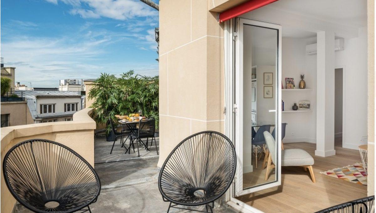 00019-champs-elysees-terrace-view-of-paris