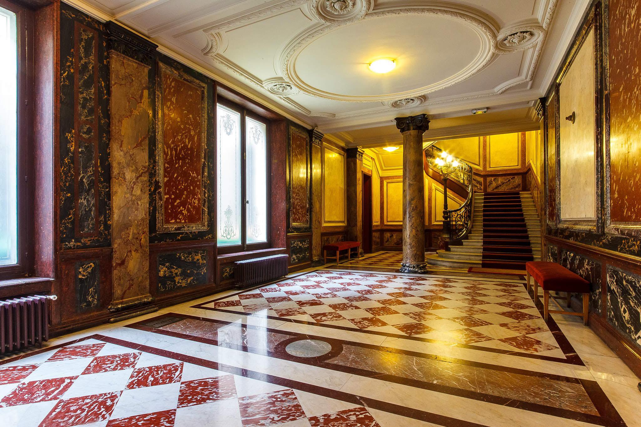 LUXURY 4 BEDROOM APARTMENT - Luxe Apartments Rentals