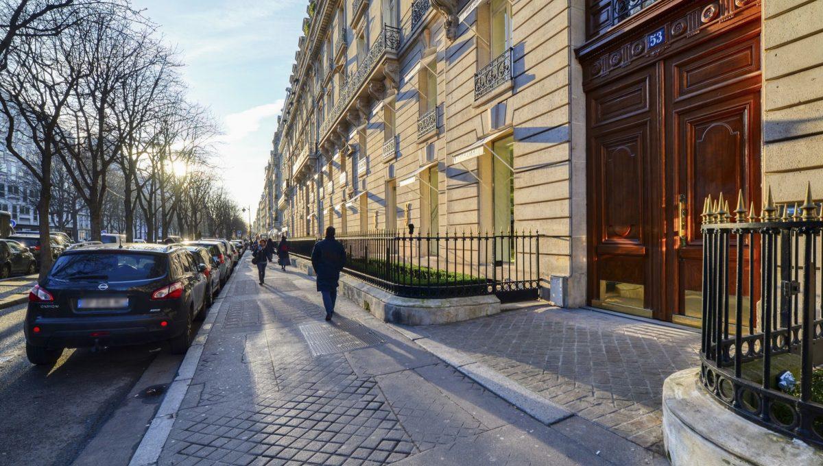 00001-AVENUE-MONTAIGNE-SHOWROOMS-PARIS
