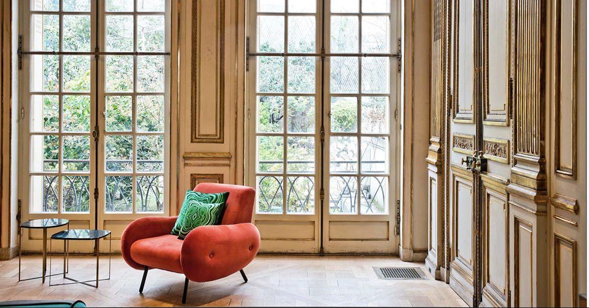 LUXURY PRIVATE MANSION IN PARIS