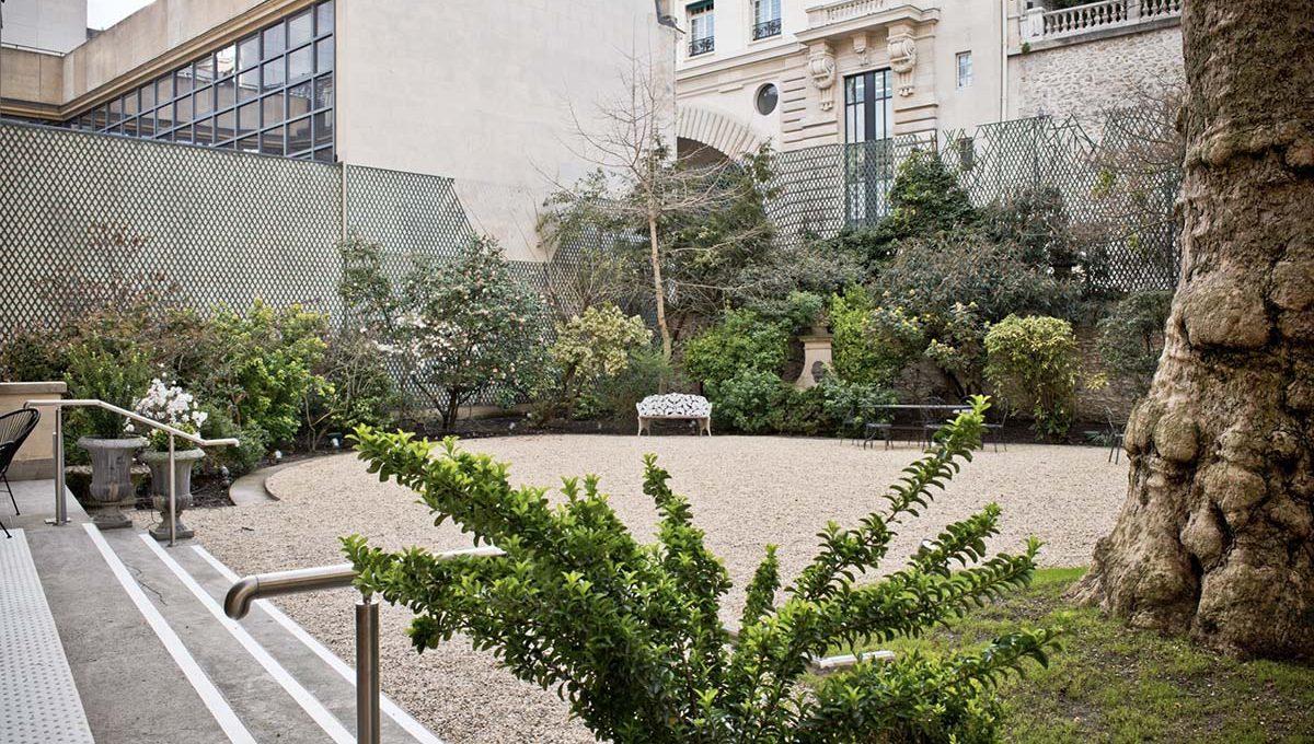 00010-luxury-private-mansion-in-paris