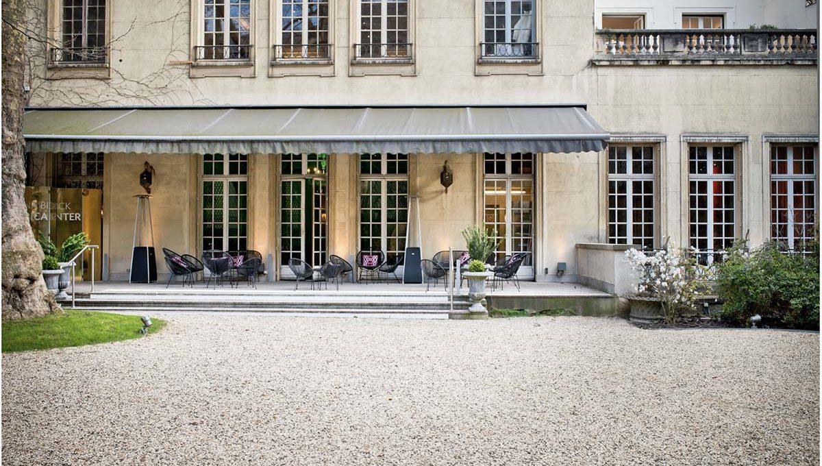 00011-luxury-private-mansion-in-paris