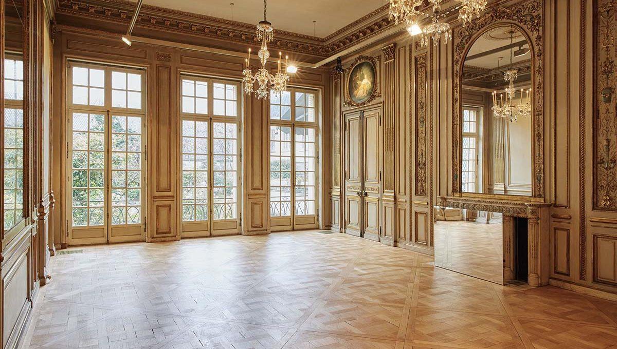 00013-luxury-private-mansion-in-paris