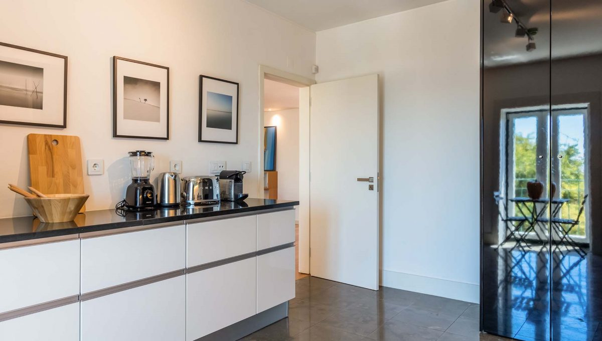 00009LUXURY-LISBON-CENTRAL-APARTMENT-PORTUGAL