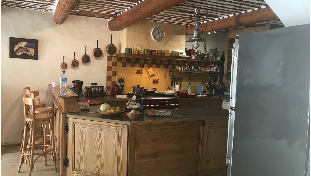 00010-MAS-NEAR-SAINT-REMY-EYGALIERES-TO-RENT-7-PERSONS