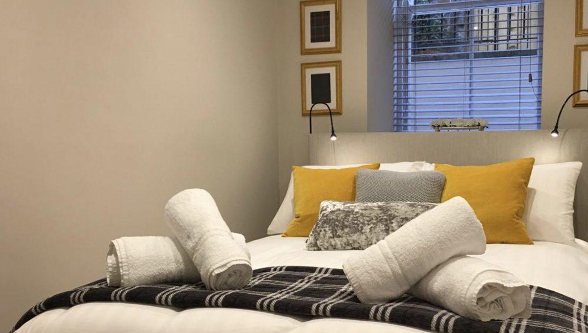 00012-LUXURY-3-BEDROOMS-EDINBURGH