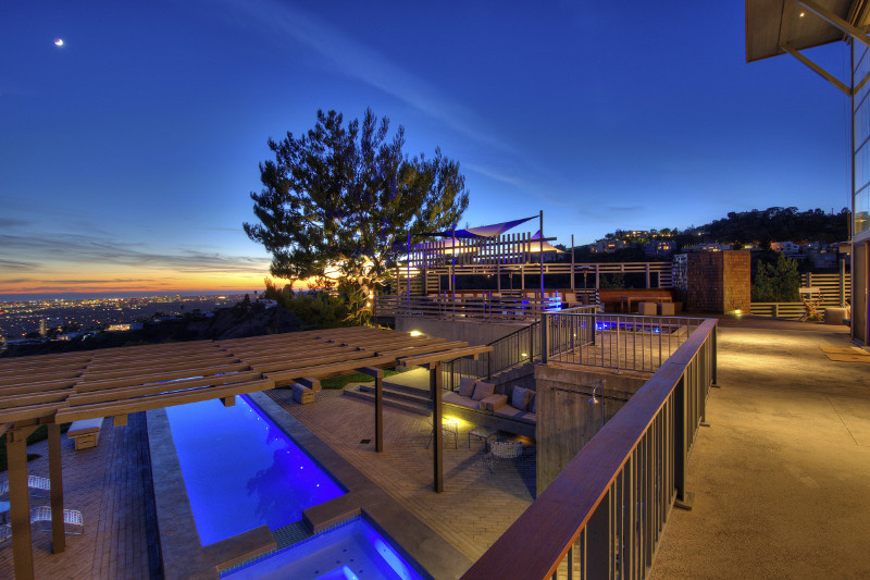 sc_HOLLYWOOD-SUNSET-HEIGHTS_02