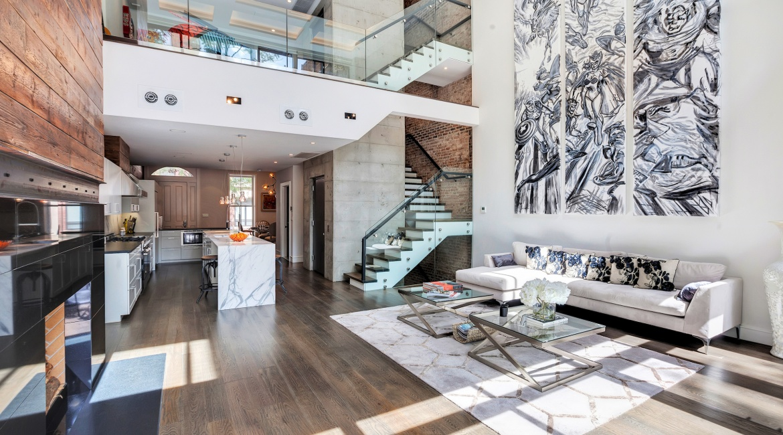 00002-luxe-apartmentsrentals-5-Bedroom-townhouse-in-Hells-Kitchen-NYC