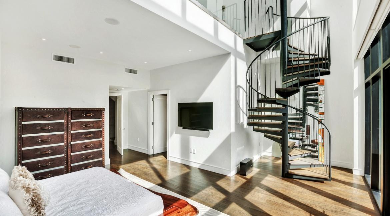 00012-luxe-apartmentsrentals-5-Bedroom-townhouse-in-Hells-Kitchen-NYC