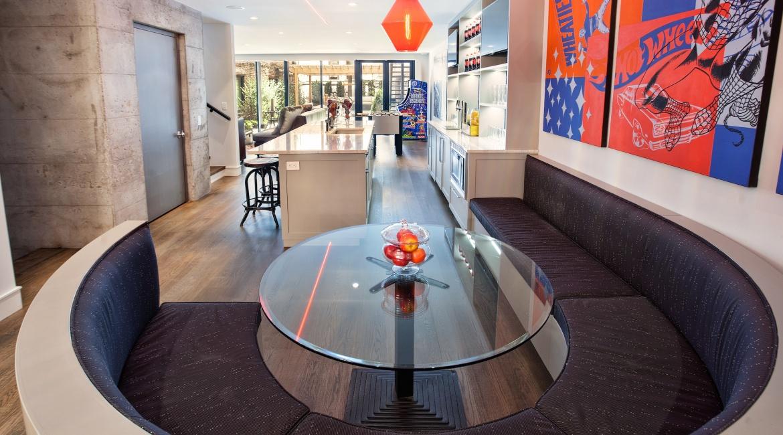 00016-luxe-apartmentsrentals-5-Bedroom-townhouse-in-Hells-Kitchen-NYC