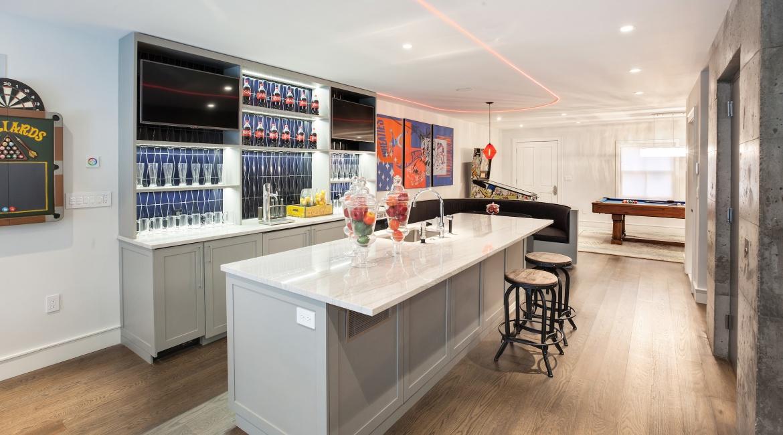 00017-luxe-apartmentsrentals-5-Bedroom-townhouse-in-Hells-Kitchen-NYC