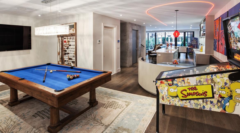 00020-luxe-apartmentsrentals-5-Bedroom-townhouse-in-Hells-Kitchen-NYC