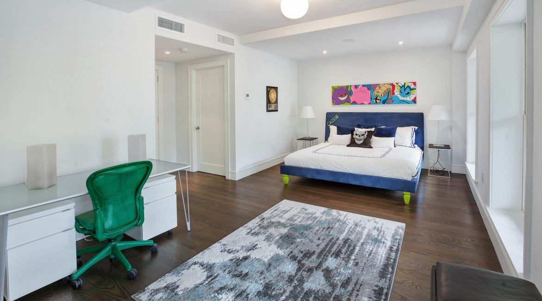 00025-luxe-apartmentsrentals-5-Bedroom-townhouse-in-Hells-Kitchen-NYC