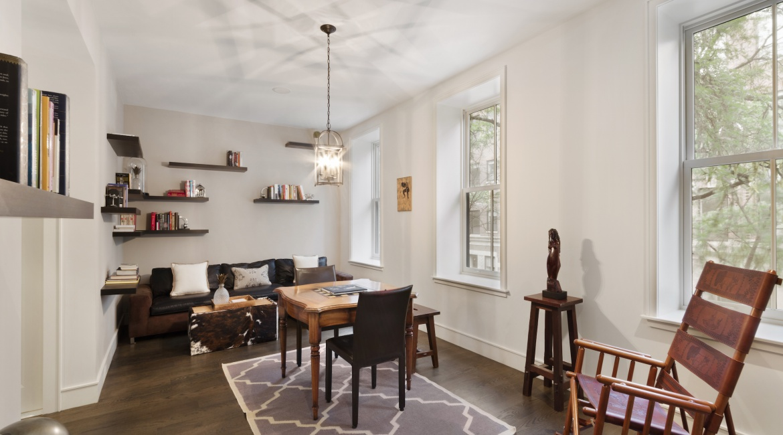 00026-luxe-apartmentsrentals-5-Bedroom-townhouse-in-Hells-Kitchen-NYC
